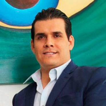 Dr. Jorge Luis Velázquez