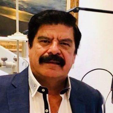 Dr. Rubén Anaya
